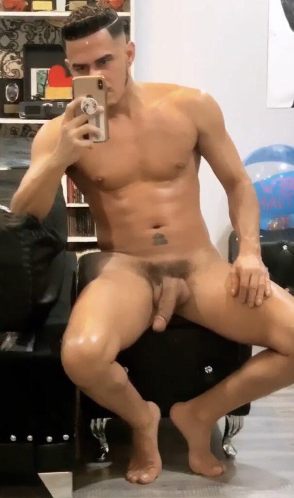 Cesar Xes - gay porn star nude photos